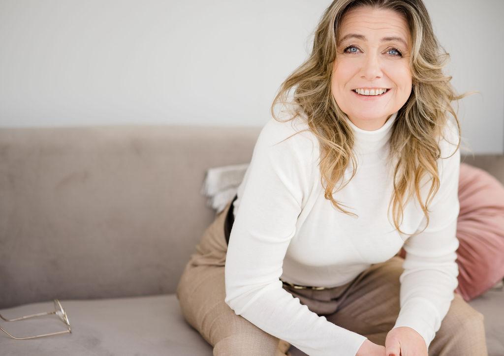 Marianne uitgever schrijfcoach je boek schrijven uitgeverij